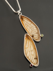 Cicada Two Wing Necklace_2016_DSC_0091